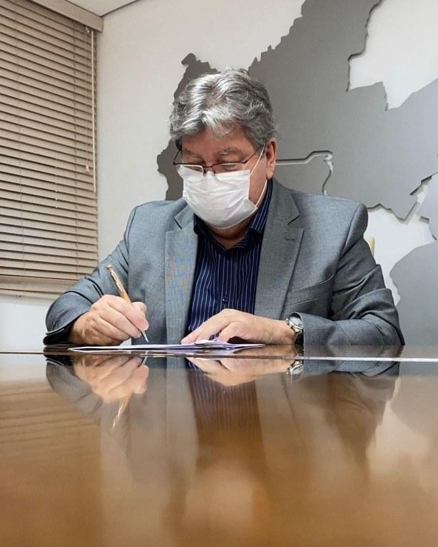 Governador João Azevêdo