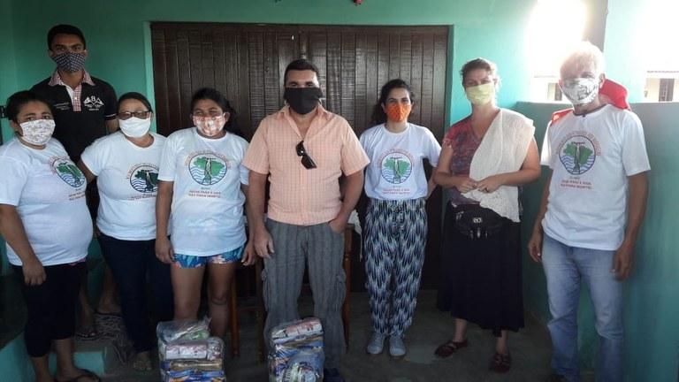 entregas cestas básicas a atingidos por barragens