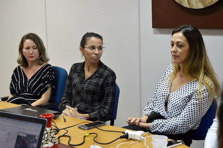 03-10-19 Reunião Com Argentinos na SEDH Foto-Alberto Machado  (7).JPG