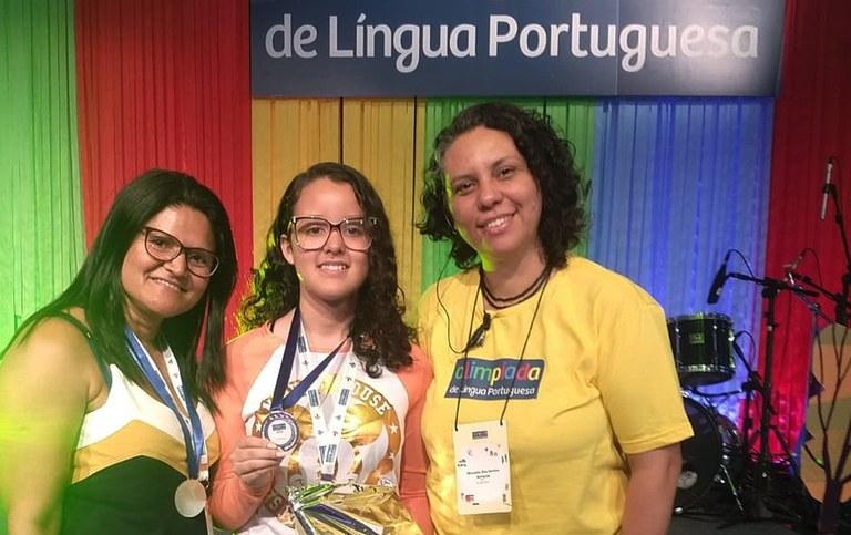 aluna da rede estadual  finalista na olimpiada brasileira de lingua portuguesa1.jpg