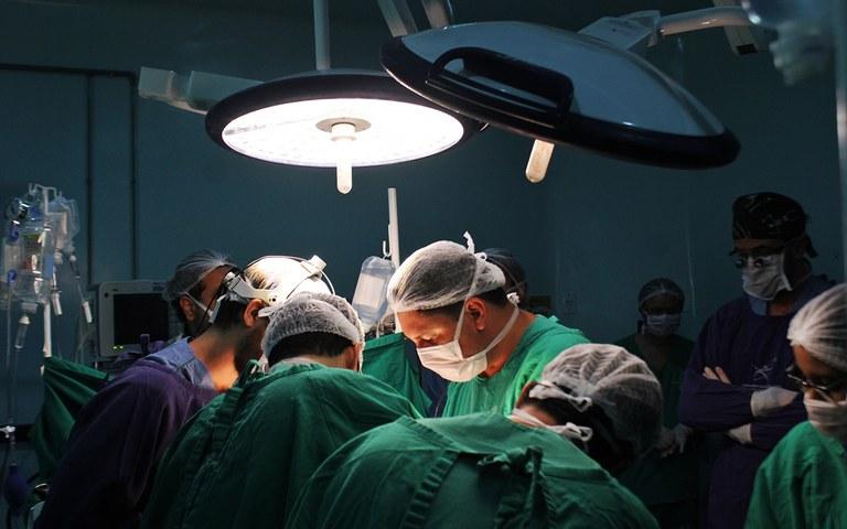 ses apos 10 anos pb volta a realizar transplantes de coracao foto ricardo puppe (2).JPG