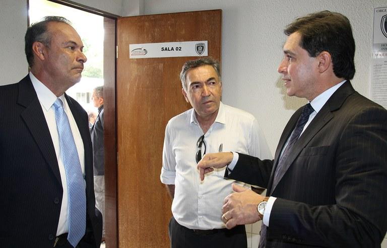 autoridades da colombia conhecem sistema de radio comunicacao da paraiba (4).JPG