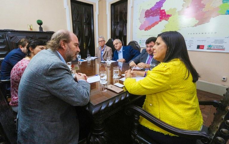 governadora em exercico ligia reune com BIDI_foto junior fernandes (2).jpg