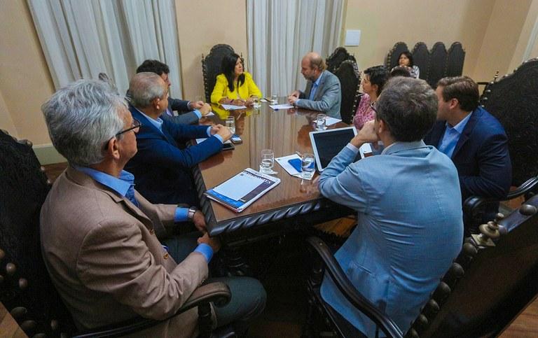 governadora em exercico ligia reune com BIDI_foto junior fernandes (4).jpg