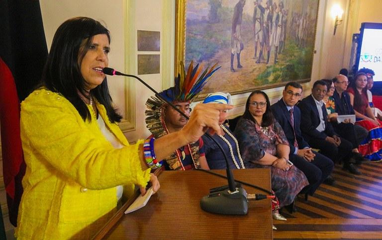 governadora em exercicio lanca plano igualdade racial_foto junior fernandes (11).jpg