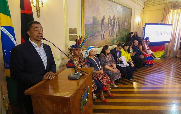 governadora em exercicio lanca plano igualdade racial_foto junior fernandes (8).jpg