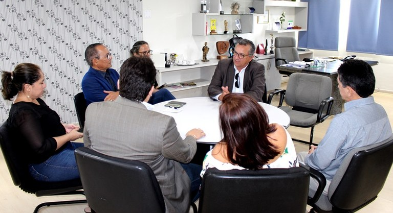 Foto_Nota_Cidadã_Visita_do_secretário_a _CDL_JP_OK_2.jpg
