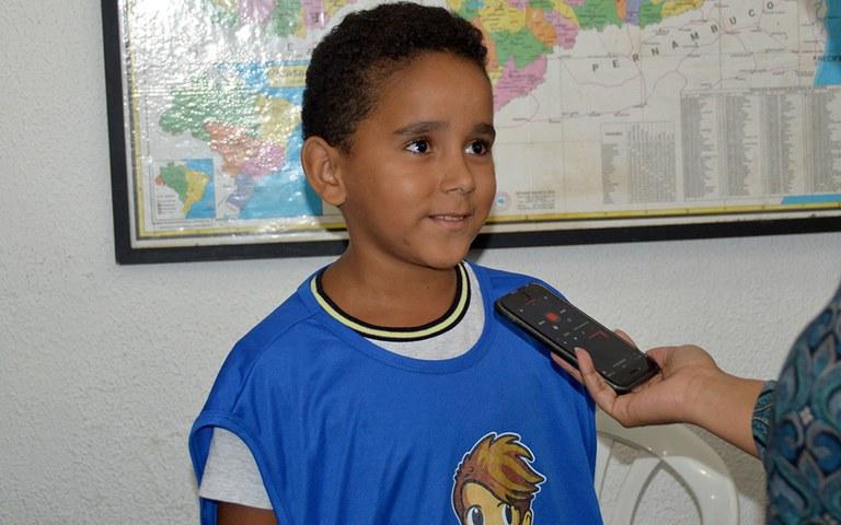 sedh emissao de rg para meninos de escolinhas de futebol foto luciana bessa (3).JPG