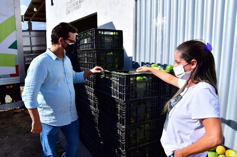 Governo distribuiu mais de 200 toneladas de alimentos em várias regiões do  Estado no mês de maio — Governo da Paraíba