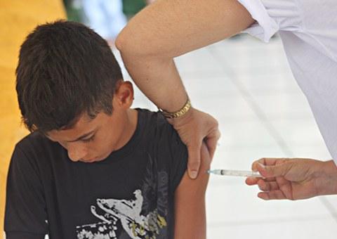 ses-governo-promove-dia-D-da-vacinacao-para-adolescentes-no-conde-FOTO-Ricardo-Puppe-121.jpg