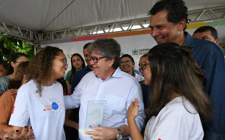 joao entrega de servicos na casa da cidadania em mamanguape foto jose marques (13).JPG