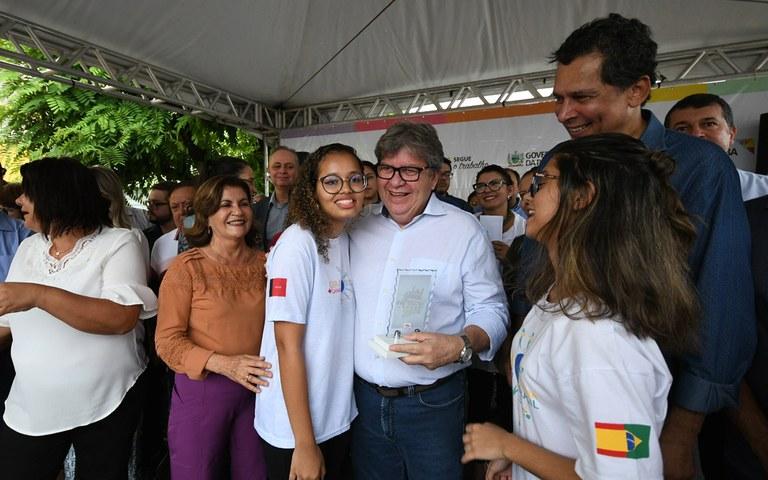 joao entrega de servicos na casa da cidadania em mamanguape foto jose marques (15).JPG