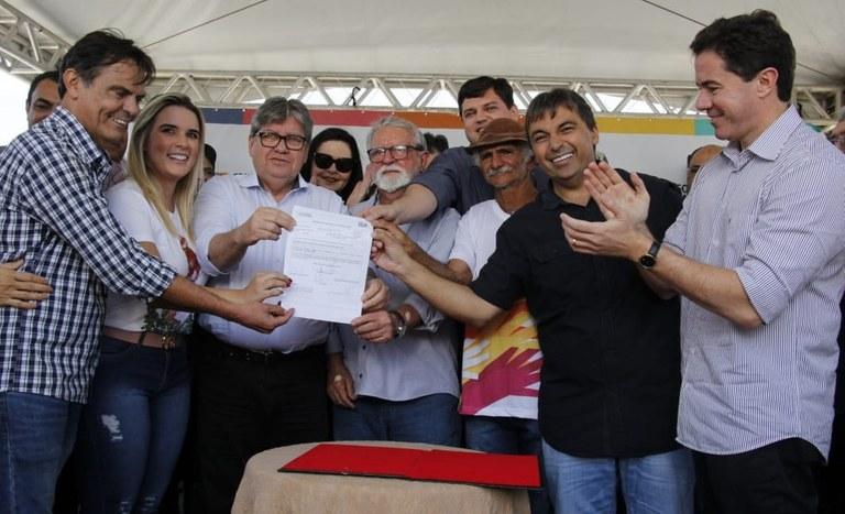 13.09.19 joaoazevedo_assinatura_ordem_servico_estrada_juarezeirinho__fotos francisco franca (16).jpg