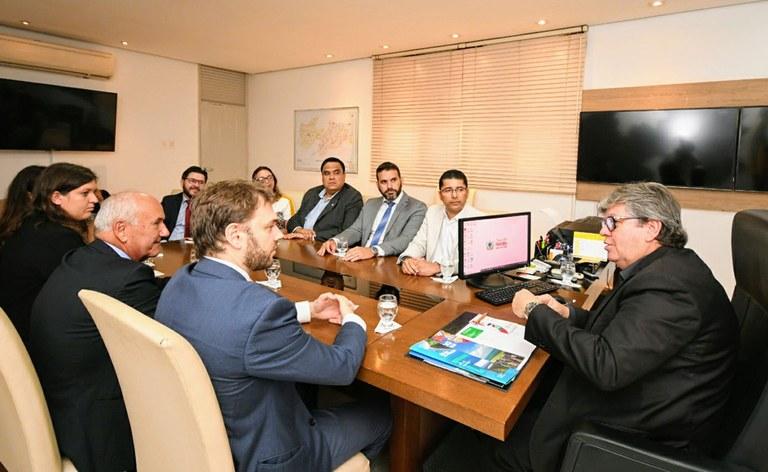09_03_2020 Governador recebe o consul da Itália_fotos jose marques (5).JPG