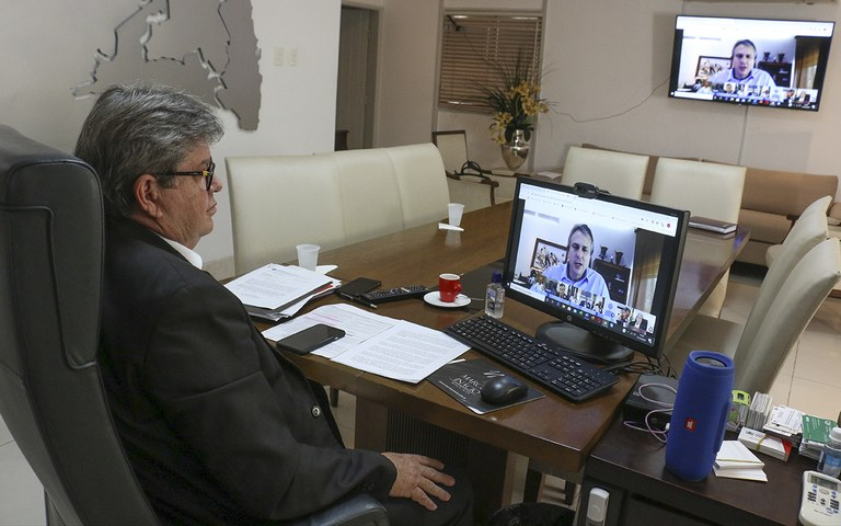governador em video conferencia com governadores do nordeste_foto francisco franca (4).jpg