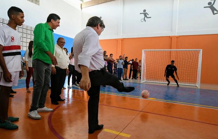 joao inaugura reforma do estadual de  jaguaribe_foto jose marques (4).JPG