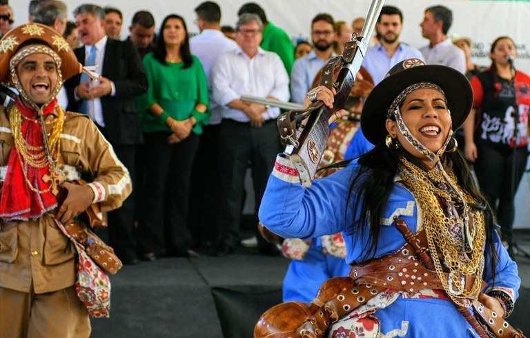 joao inaugura reforma do estadual de  jaguaribe_foto jose marques (7).JPG
