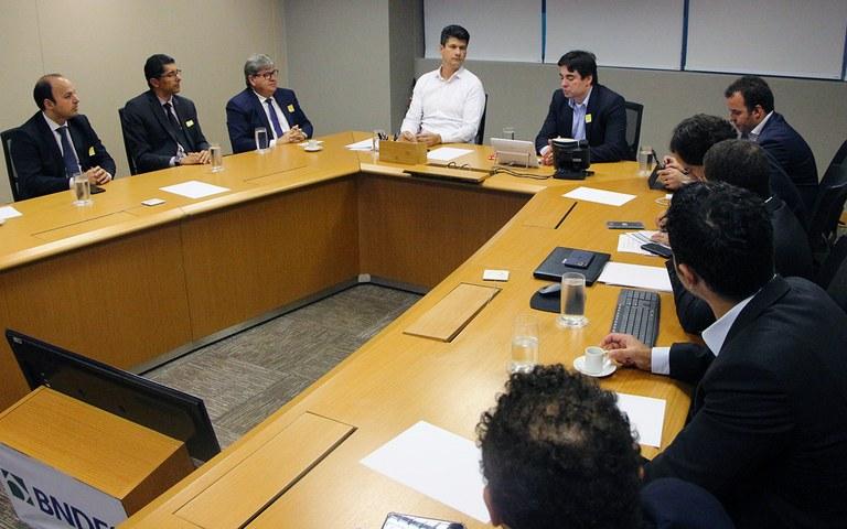 joao brasilia assinatura de cooperacao tecnica com bndes (8).JPG