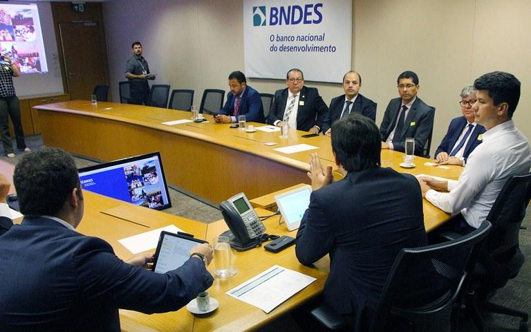 joao brasilia assinatura de cooperacao tecnica com bndes (9).JPG