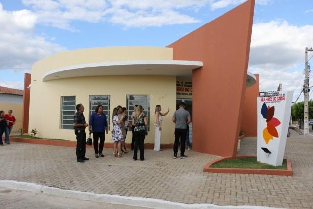 inauguração-centro-mulher-foto Francisco França1.JPG