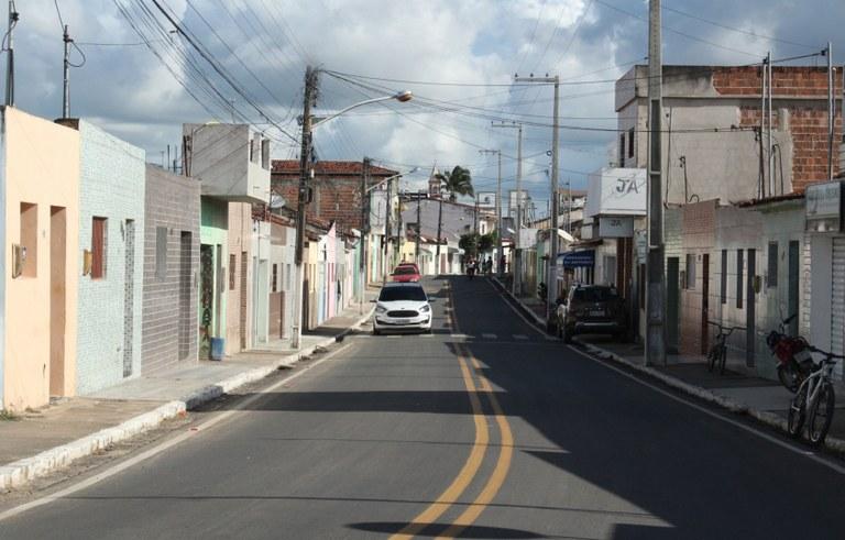 joao entrega pavimentacao de ruas e travessia urbana em sertaozinho foto francisco franca (13).JPG