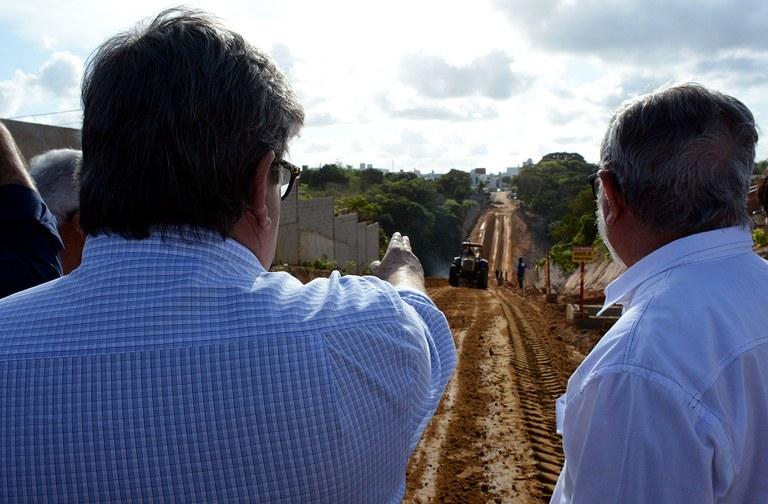 Governador visita obras de mobilidade em JP foto francisco frança Secom PB (4).JPG