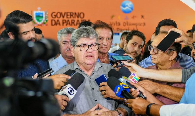lançamento-esporte-foto José Marques1.JPG