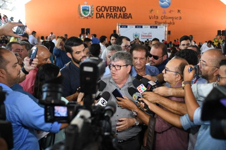 lançamento-esporte-foto José Marques2.JPG