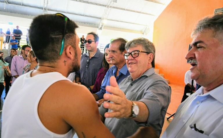 lançamento-esporte-foto José Marques7.JPG