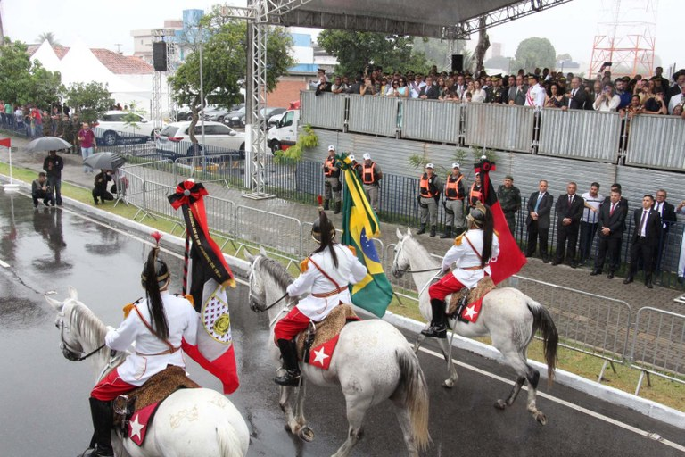 desfile cívico-foto Francisco França14.JPG