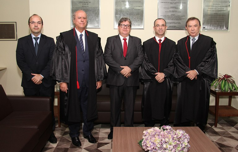 joao azevedo e juiz federal rogerio goncalves noTRE PB_foto francisco franca (13).JPG