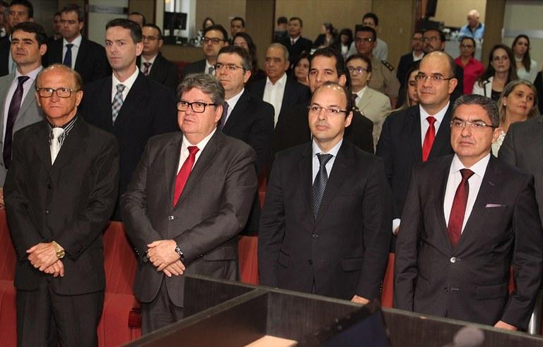 joao azevedo e juiz federal rogerio goncalves noTRE PB_foto francisco franca (18).JPG