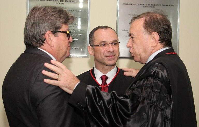 joao azevedo e juiz federal rogerio goncalves noTRE PB_foto francisco franca (2).jpg