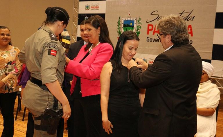 primeira dama participou do dia internacional da mulher_foto francisco franca (21).JPG