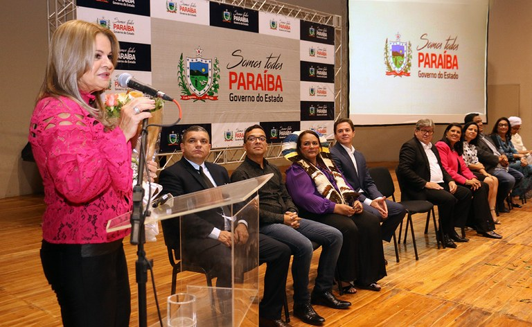 primeira dama participou do dia internacional da mulher_foto francisco franca (22).JPG