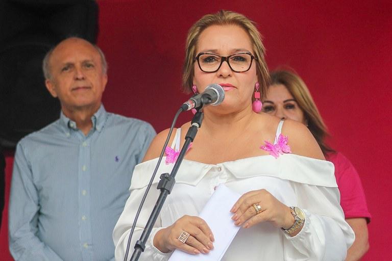 primeira dama participa do lancamento do outubro rosa_foto ricardo puppe (3).jpg
