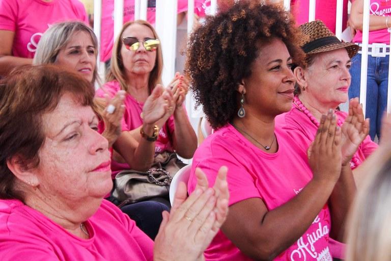 primeira dama participa do lancamento do outubro rosa_foto ricardo puppe (9).jpeg