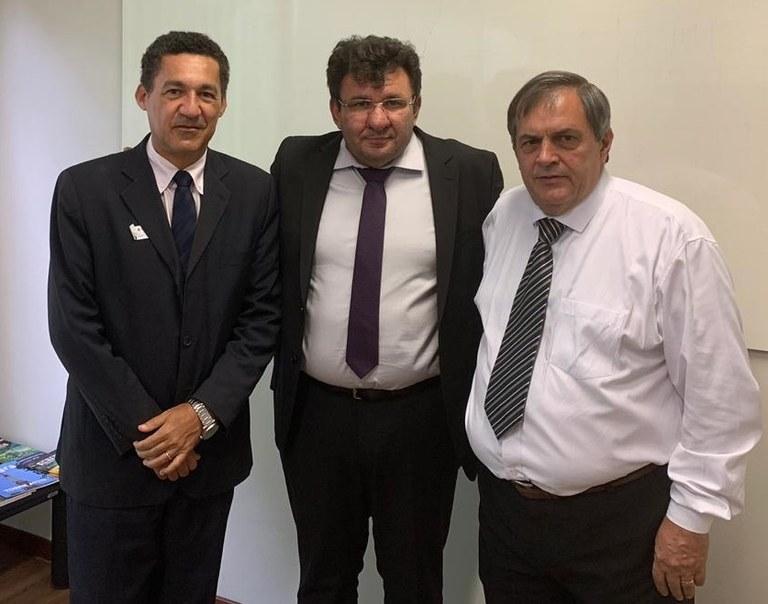Reunião-em-Brasília-com-o-Secretário-de-Desenvolvimento-Tecnológico-e-Inovação-do-MCTIC-Paulo-Alvim.jpg