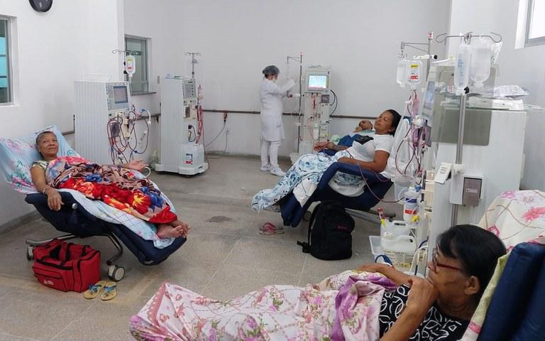 ses paraiba pioneira no exame de carga viral de hepatite b e c com pacientes de hemodialise 4.jpg