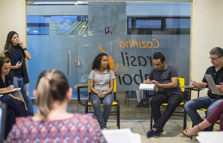 seect empresas ligadas ao programa primeira chance entrevistam alunos para estagio foto diogo nobrega (2).jpg