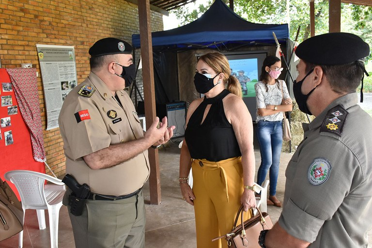 15.07.2021 Visita da Primeira-dama ao Centro de Equoterapia da Polícia Militar (5).JPG