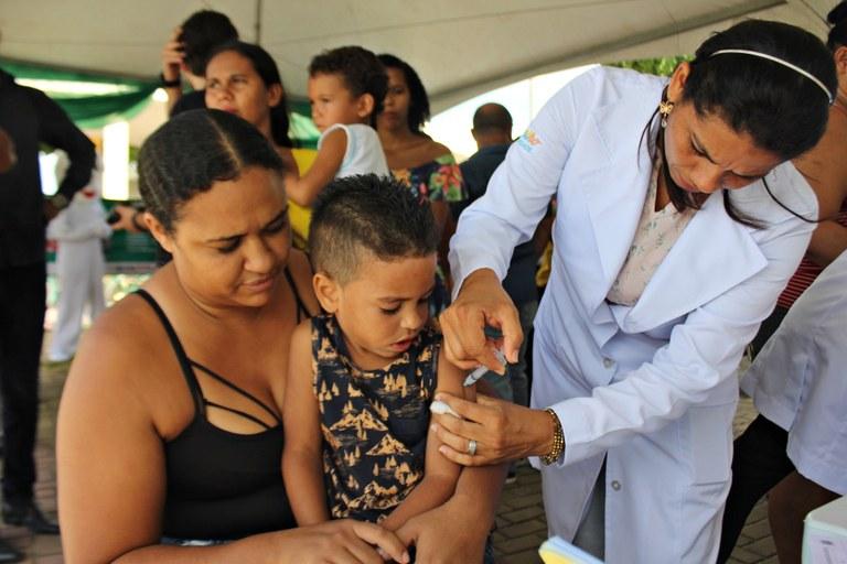 RicardoPuppe_Dia_D_Vacinação (8).JPG