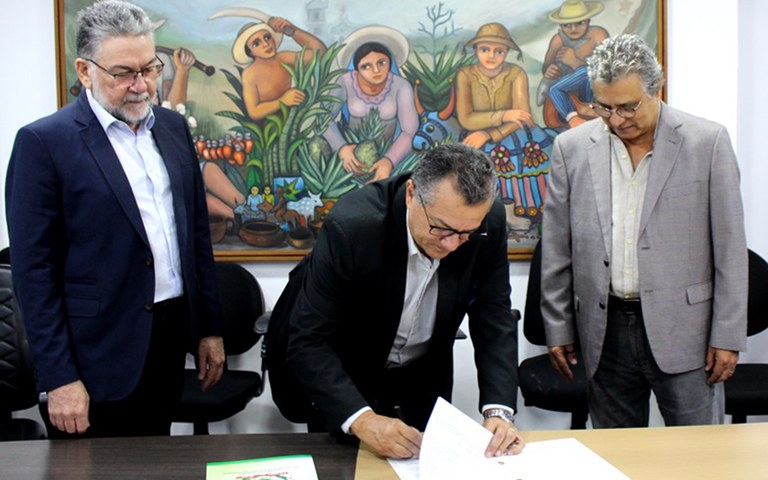 sefaz e sebrae parceria para melhorar ambiente de nogocios no estado.JPG