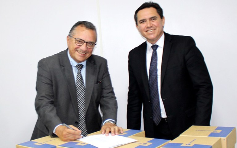sefaz assina parceria com seds e utiliza sistema de radio comunicacao em fiscalizacoes (2).JPG