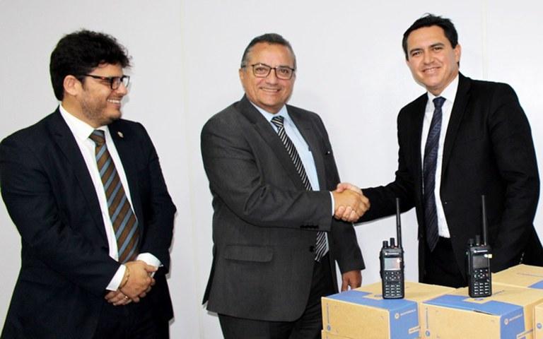 sefaz assina parceria com seds e utiliza sistema de radio comunicacao em fiscalizacoes (5).JPG