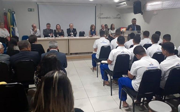 Socioeducandos do Lar do Garoto iniciam curso de Aprendizagem Profissional Jovem Aprendiz (3).jpg